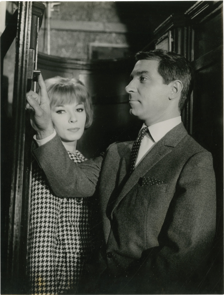 How to Succeed in Love [Comment reussir en amour]. Michel Boisrond, Annette Wademant, Serge Beauvarlet Catherine Hesse, Jean Poiret Dany Saval, Jacques Charon, Jacqueline Maillan, director, screenwriter, photographers, starring.