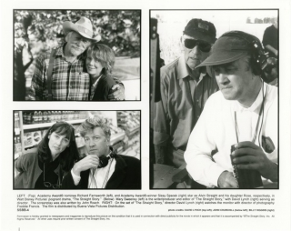 The Straight Story (Collection of four original photographs from the 1999 film). David Lynch, Billy Higgins John Churchill, Mary Sweeney John Roach, Jane Galloway Heitz Sissy Spacek, Richard Farnsworth, photographer director, photographers, screenwriters, starring.