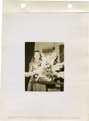 Mildred Pierce (Collection of 10 original candid keybook photographs from the 1945 film)_