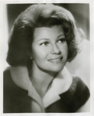 Original photograph of actress Rita Hayworth. Rita Hayworth, John Engstead, subject, photographer.
