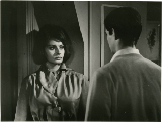 Five Miles to Midnight (Collection of 27 original photographs from the 1962 film noir). Anatole Litvak, Hugh Wheeler Peter Viertel, Anthony Perkins Sophia Loren, Jean-Pierre Aumont, Gig Young, director, screenwriters, starring.