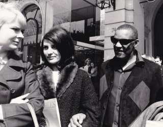 Ray Charles in Paris (Collection of 9 original photographs, 1968). Ray Charles, Araldo di...