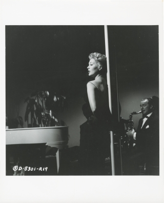 5 (Five) Against the House (Original photograph of Kim Novak from the 1955 film). Phil Karlson,...