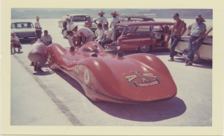 Archive of 163 vernacular photographs of speed runs at Bonneville, 1960-1963. Auto racing, Speed...